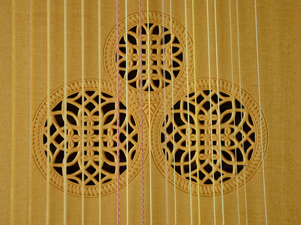 Detail rose pattern for the C45 Magno dieffopruchar Archlute, Multi-rib back - Grant Tomlinson Lutemaker